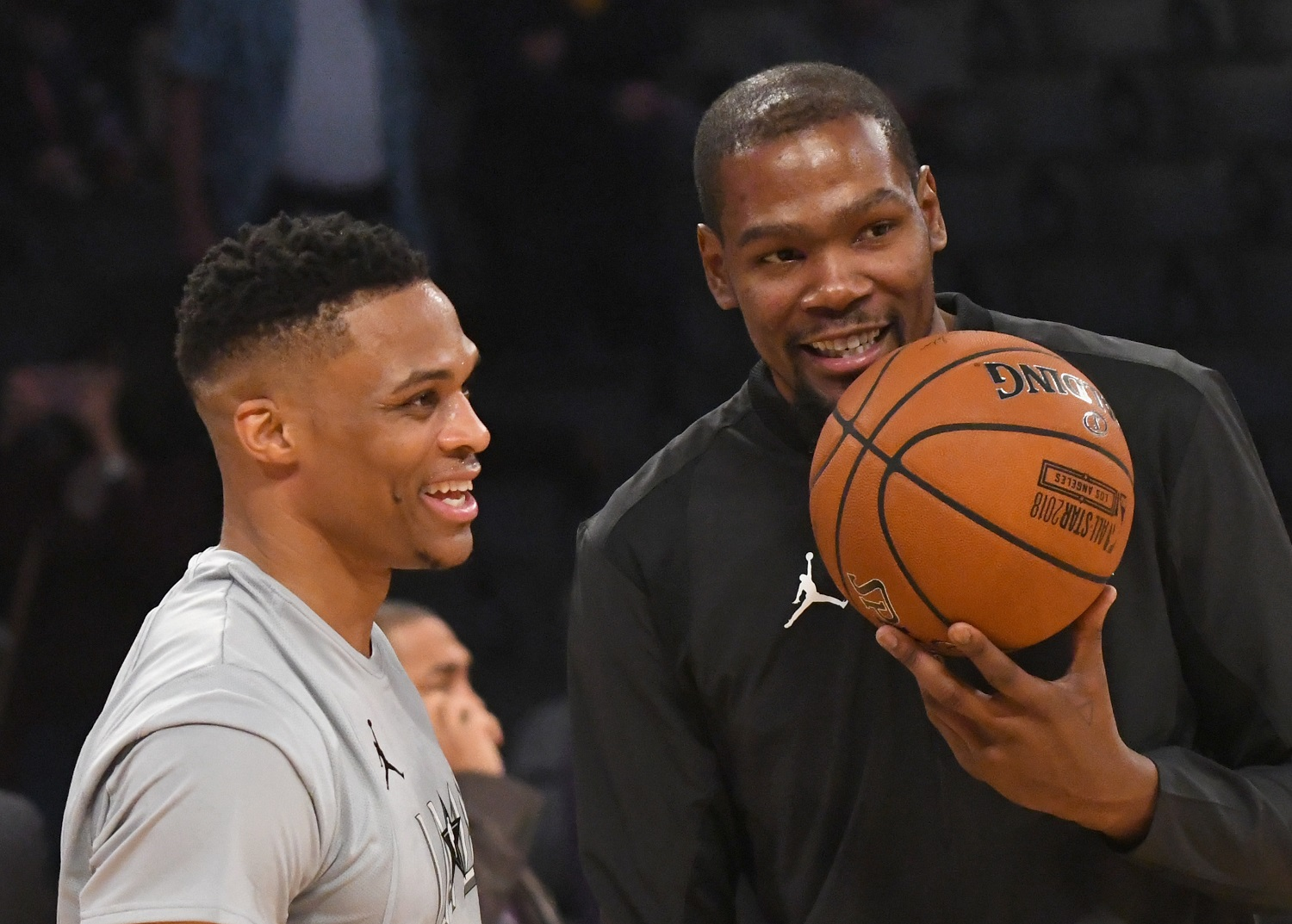 Russell Westbrook and Kevin Durant warm up before the 2018 NBA All-Star Game