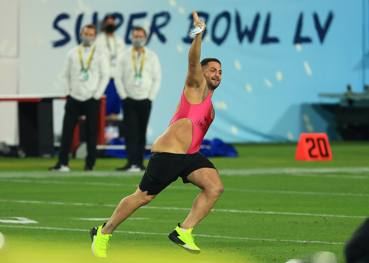 The Super Bowl Streaker Claims He Won $375,000 by Betting on His Own Stupidity