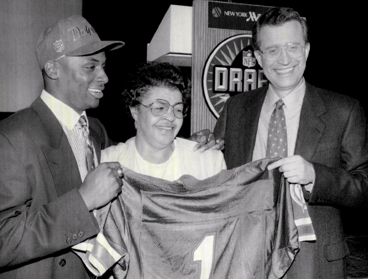 Troy Vincent poses with NFL Commissioner Paul Tagliabue at the 1992 NFL Draft