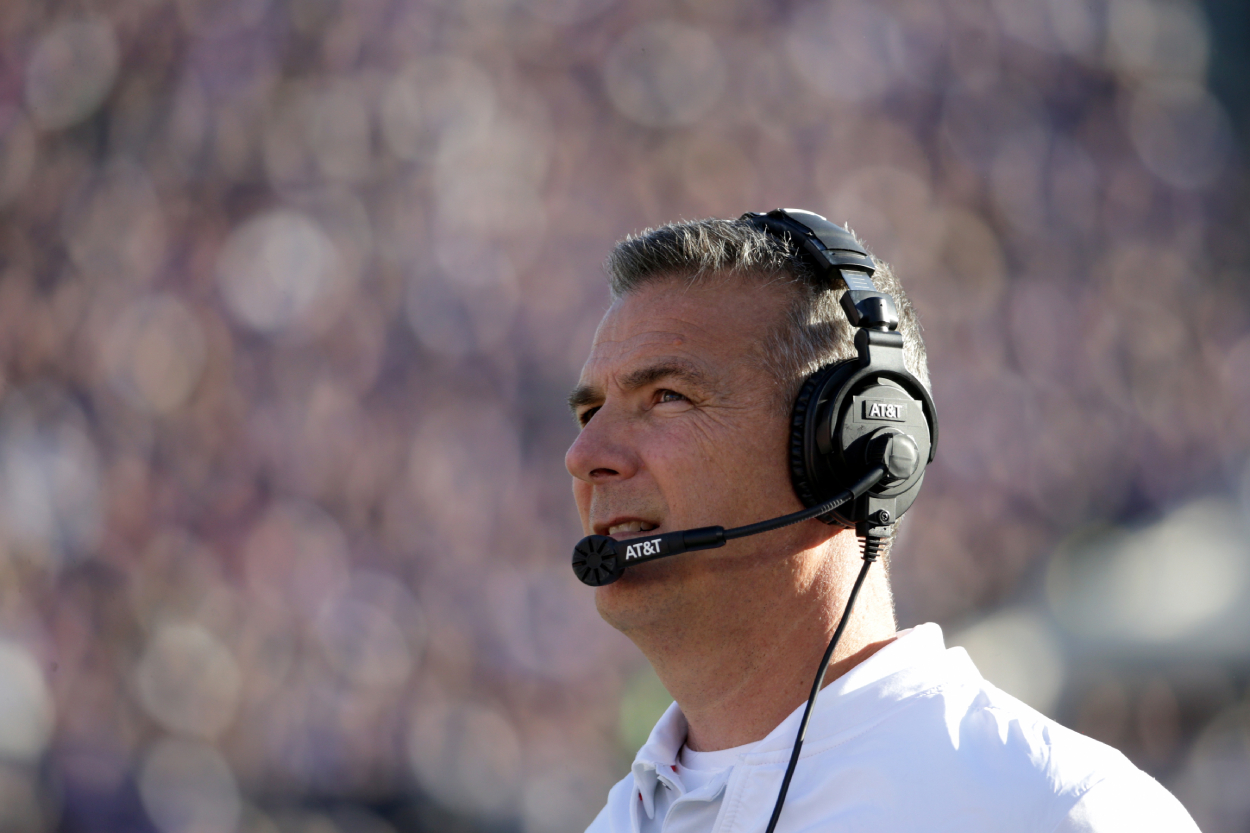 Urban Meyer coaches Ohio State in the Rose Bowl in 2019.