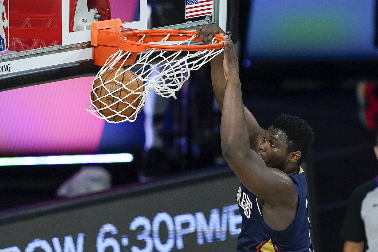 New Orleans Pelicans forward Zion Williamson dunks