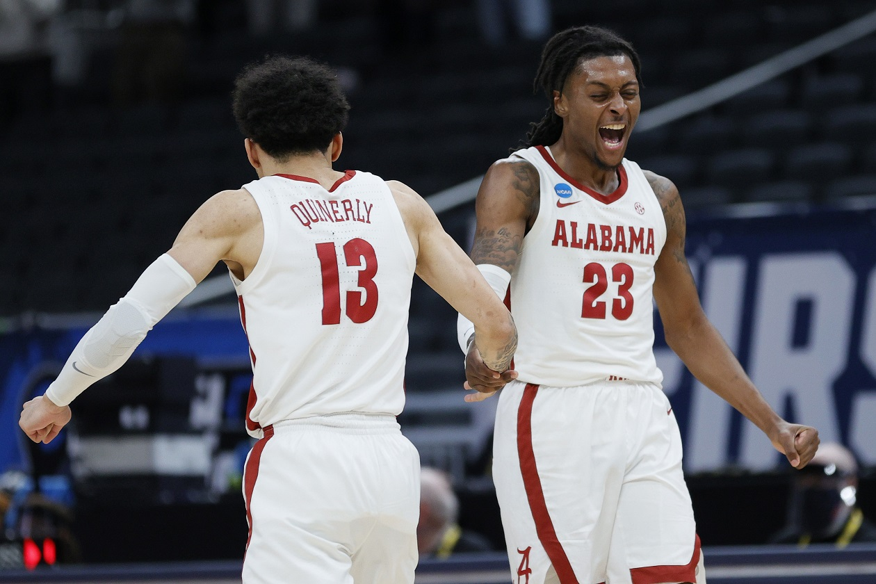 Alabama celebrates during its victory over Maryland at March Madness