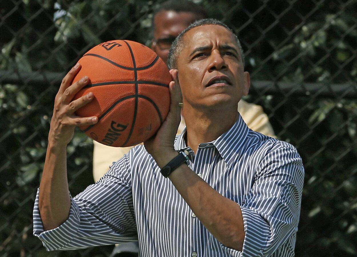 Scottie Pippen Became a Presidental Good Luck Charm for Barack Obama