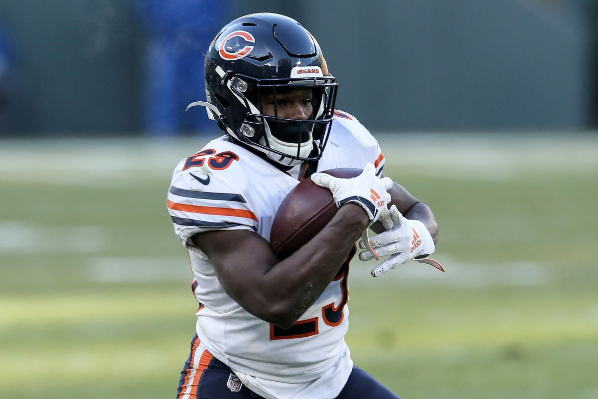 The Chicago Bears' Failed Aggressive Pursuit of Russell Wilson Caused Them to Make a Disastrous $10 Million Move