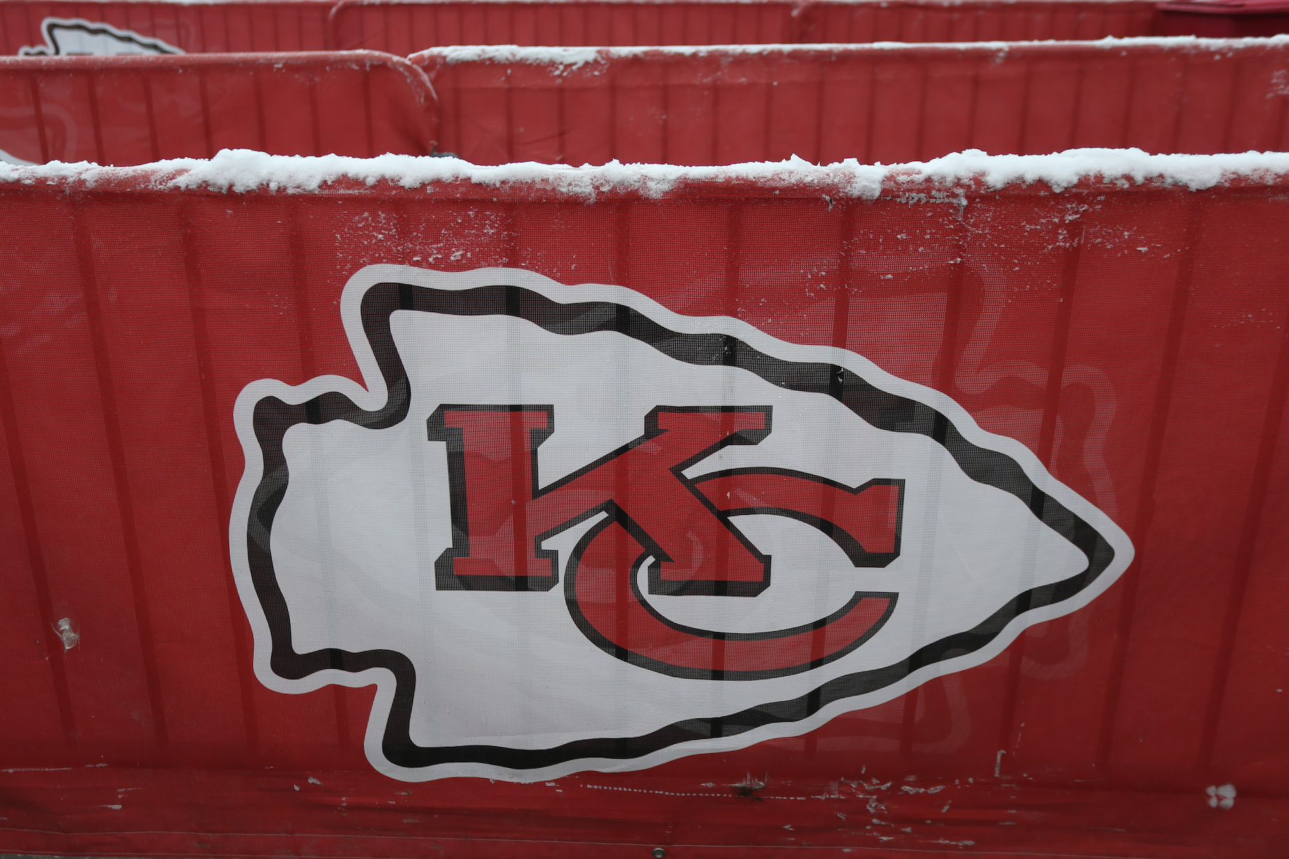 The Kansas City Chiefs Could Get Some Much Needed Assistance From the Retired Son of a Former NFL Rival