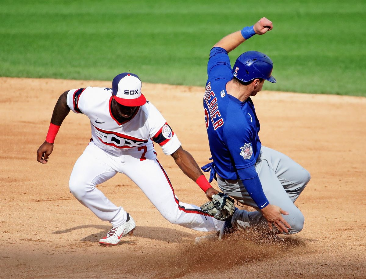 How Many Players Have Played for Both the Chicago Cubs and Chicago White Sox?