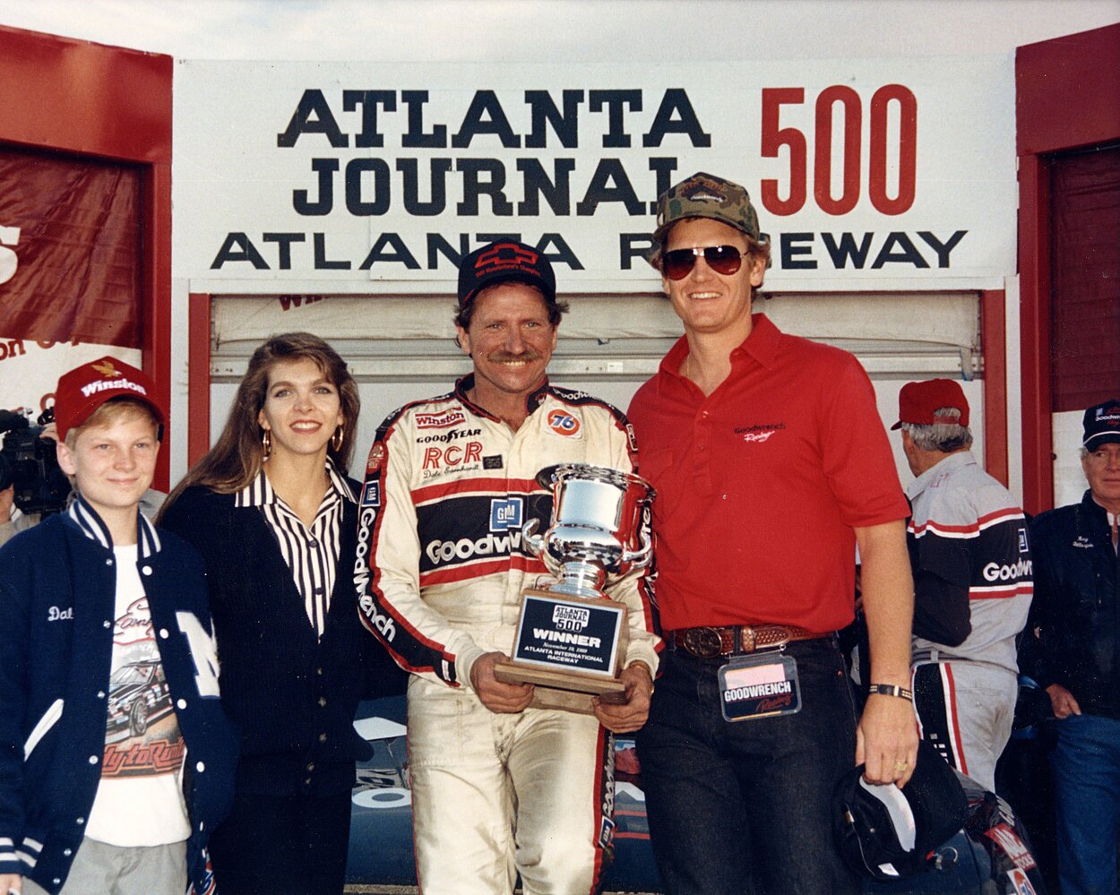 Dale Earnhardt Jr. (far left) and his father, Dale Sr., in 1986. | ISC Archives/CQ-Roll Call Group via Getty Images