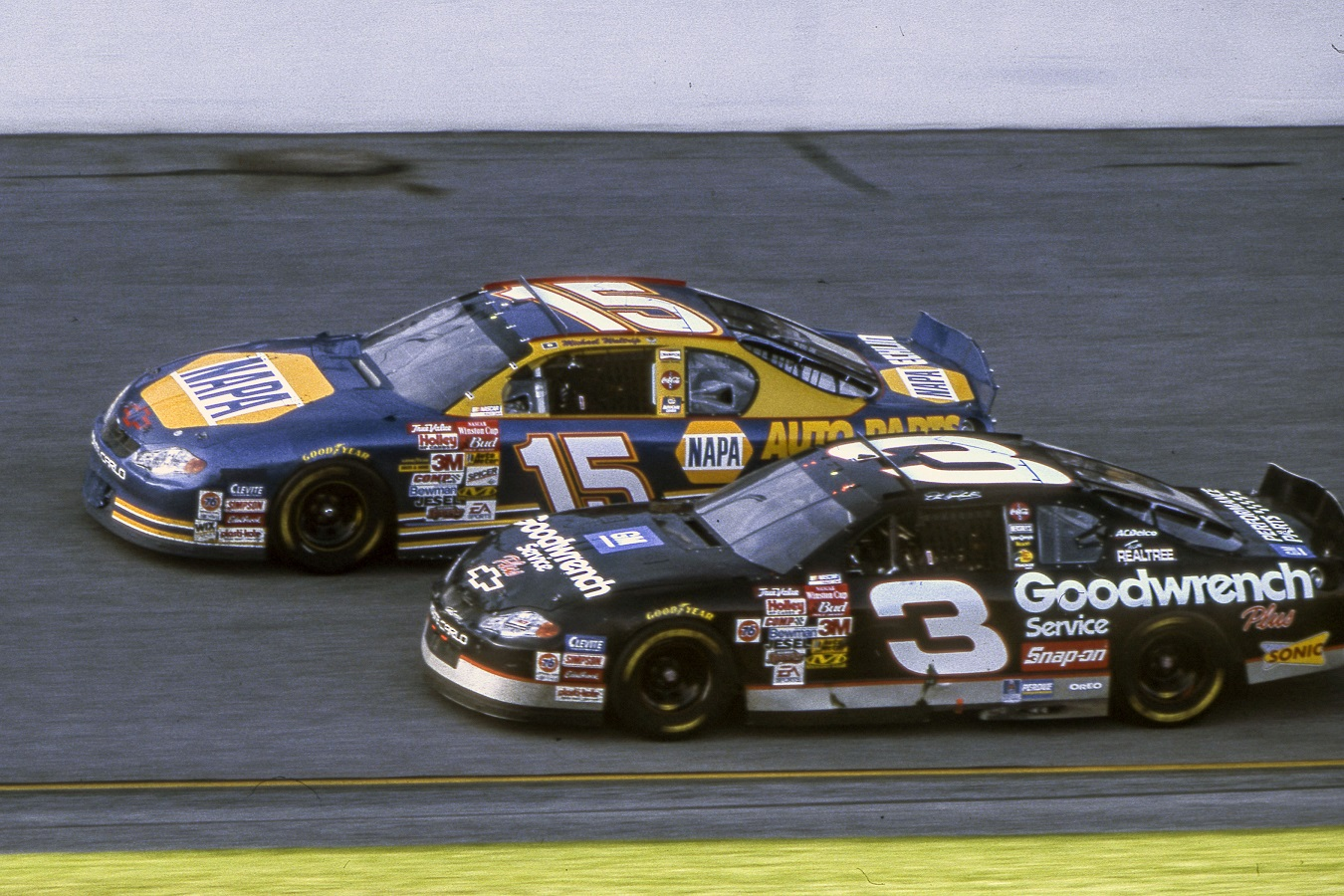 Dale Earnhardt (3) and Michael Waltrip (15) at the 2001 Daytona 500