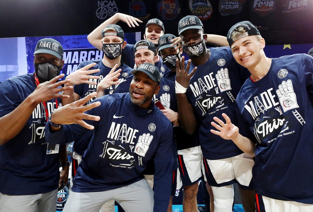 The Gonzaga Bulldogs celebrate their Elite 8 win over USC in the 2021 NCAA Tournament