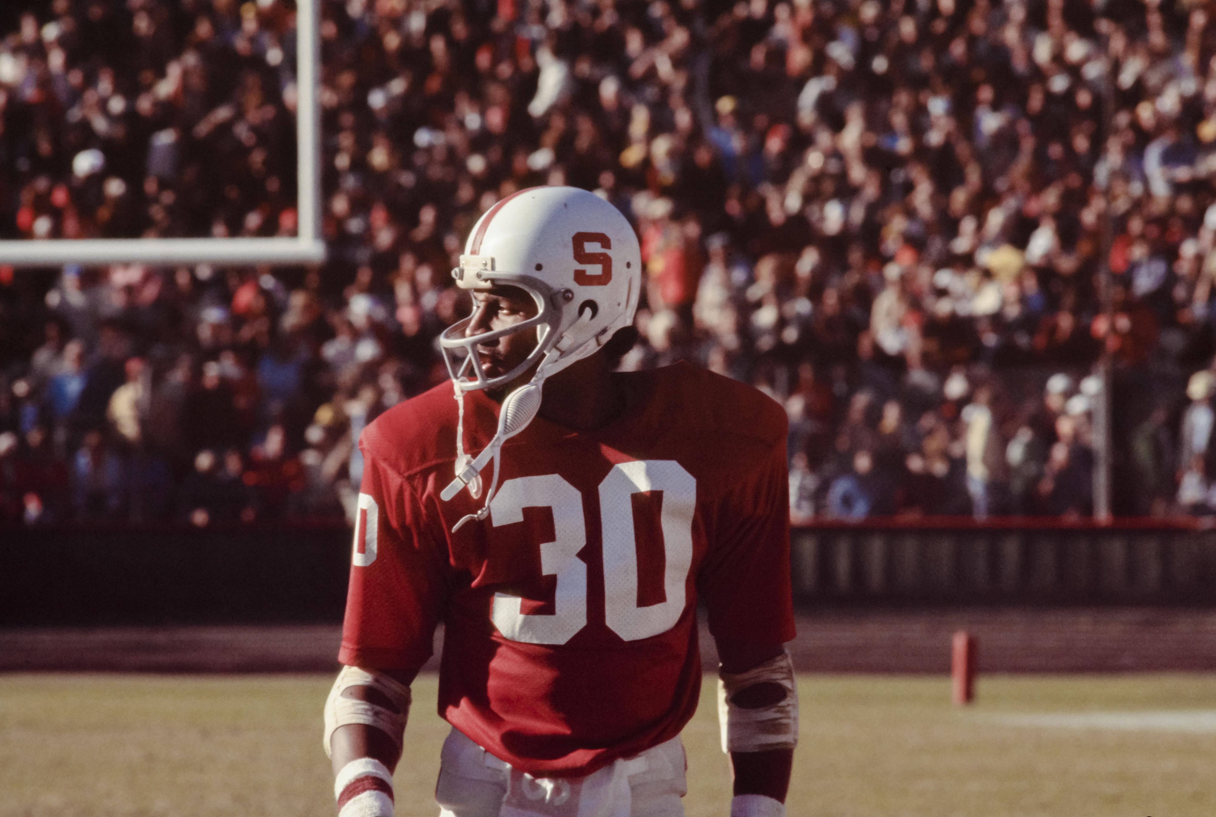 Wide receiver James Lofton of Stanford University leaves the field during a PAC-8 NCAA football game in 1977