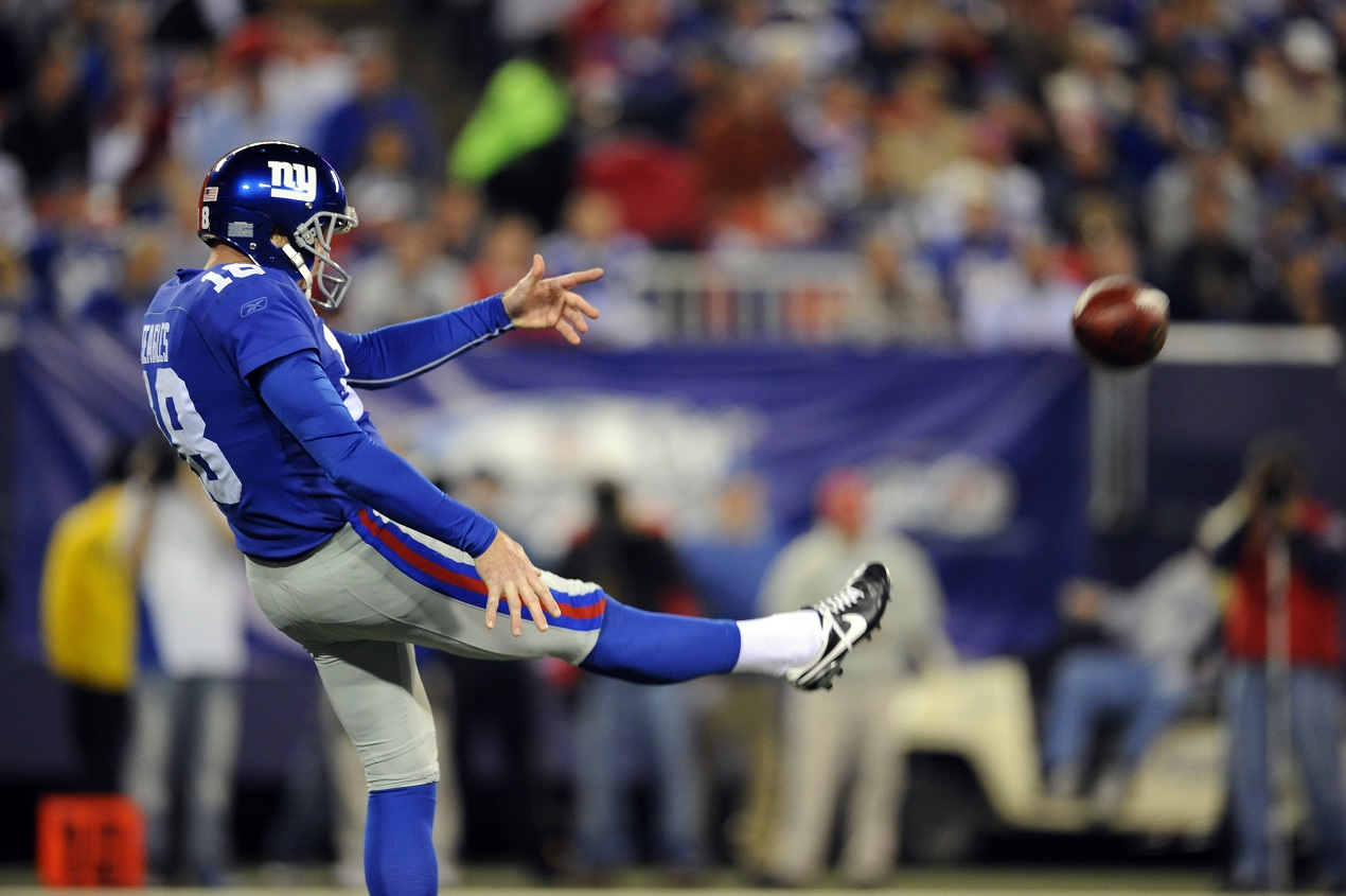 Plaxico Burress Swindled Jeff Feagles In a Deal for the New York Giants' Number 17 Jersey
