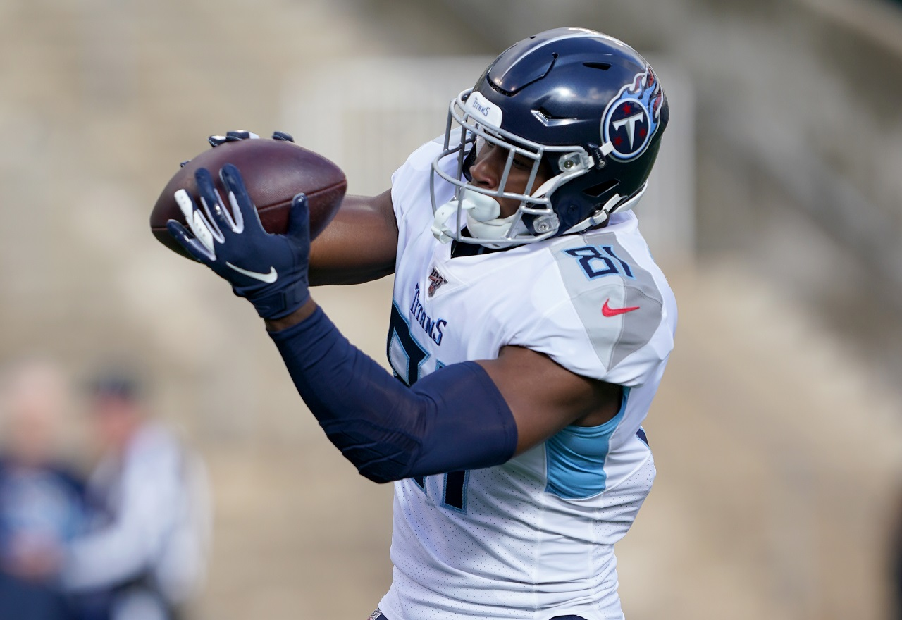 Former Tennessee Titans TE Jonnu Smith, who has since signed with the New England Patriots