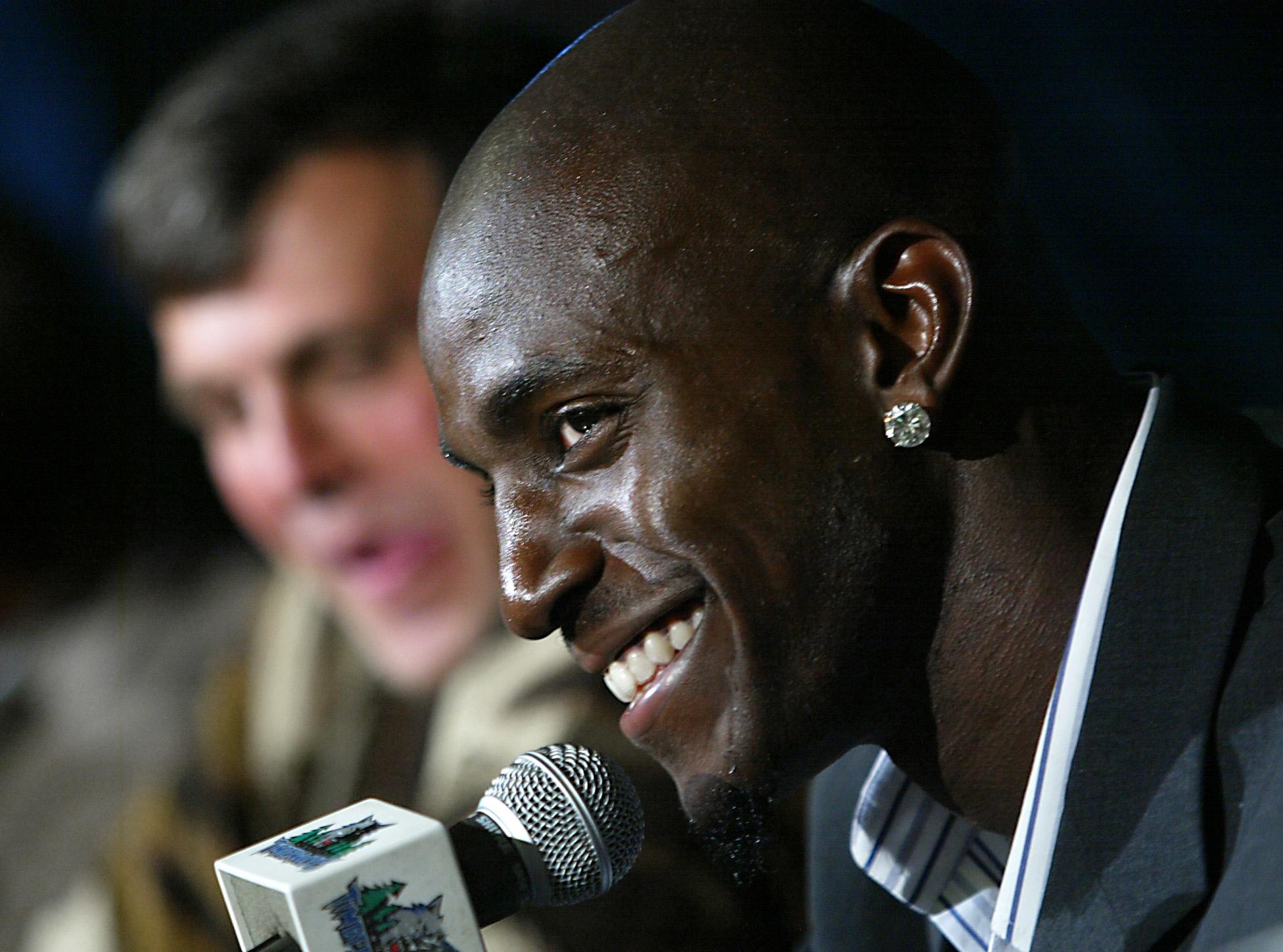 Timberwolves Kevin Garnett in 2003