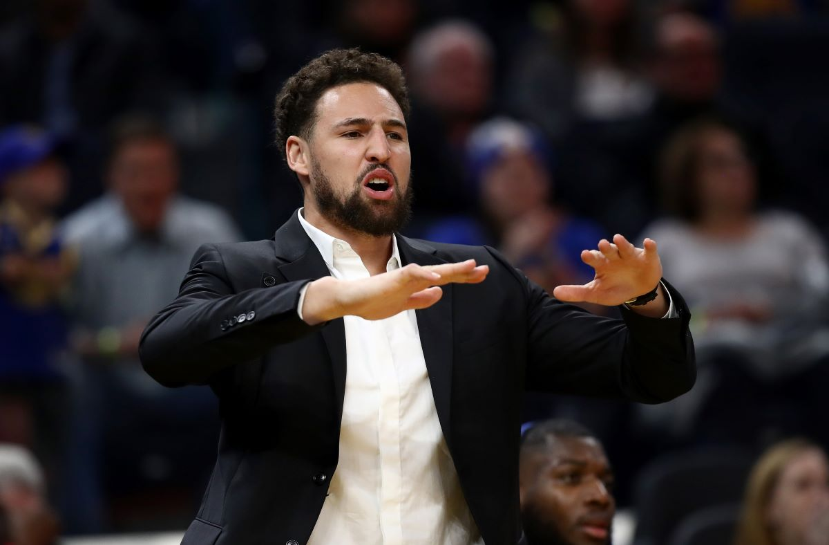 Klay Thompson Takes Up 'Life-Changing' Routine Tim Duncan Practiced During His Hall of Fame Career
