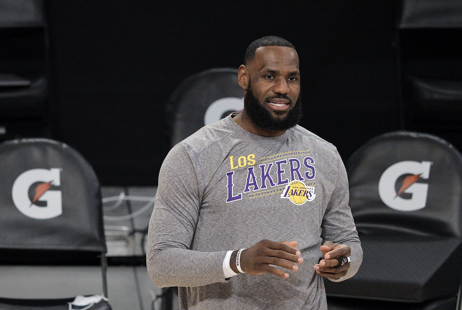 Los ANgles Lakers star LeBron James makes easy money as an endorser on Instagram.