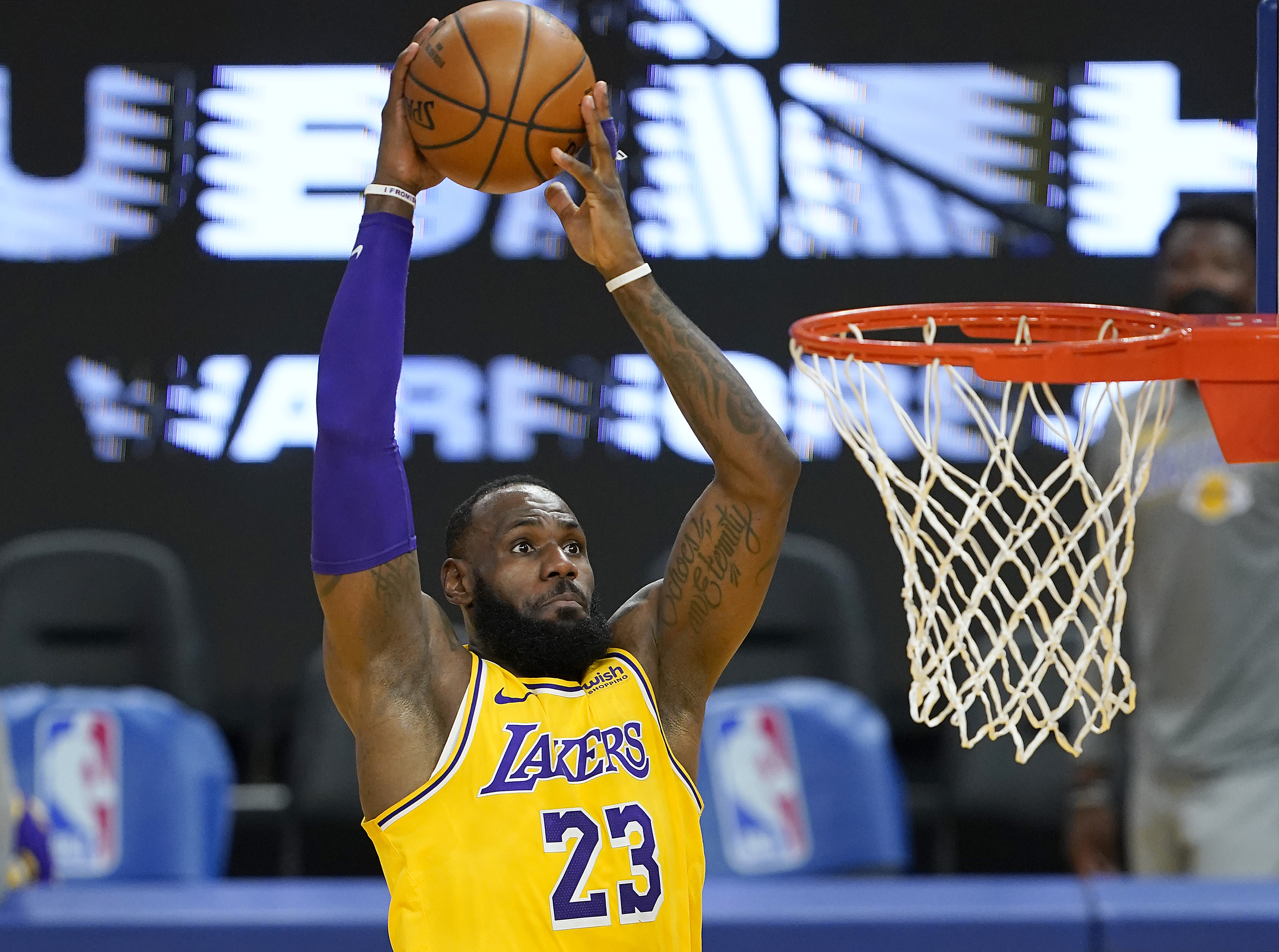 For a Cool $250,000, You Can Own a 13-Second Clip of LeBron James Dunking in NBA Digital Assets
