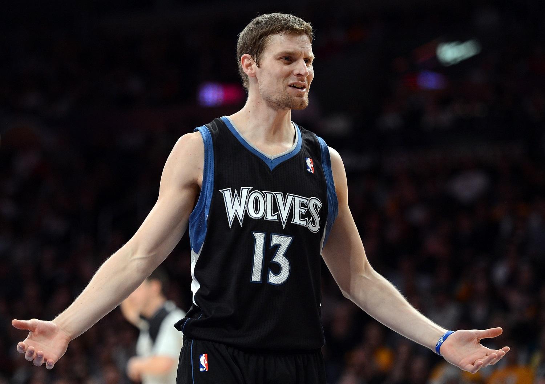 Luke Ridnour Didn't Need an NBA Deadline To Be Traded … and Traded …. and Traded …. and Traded