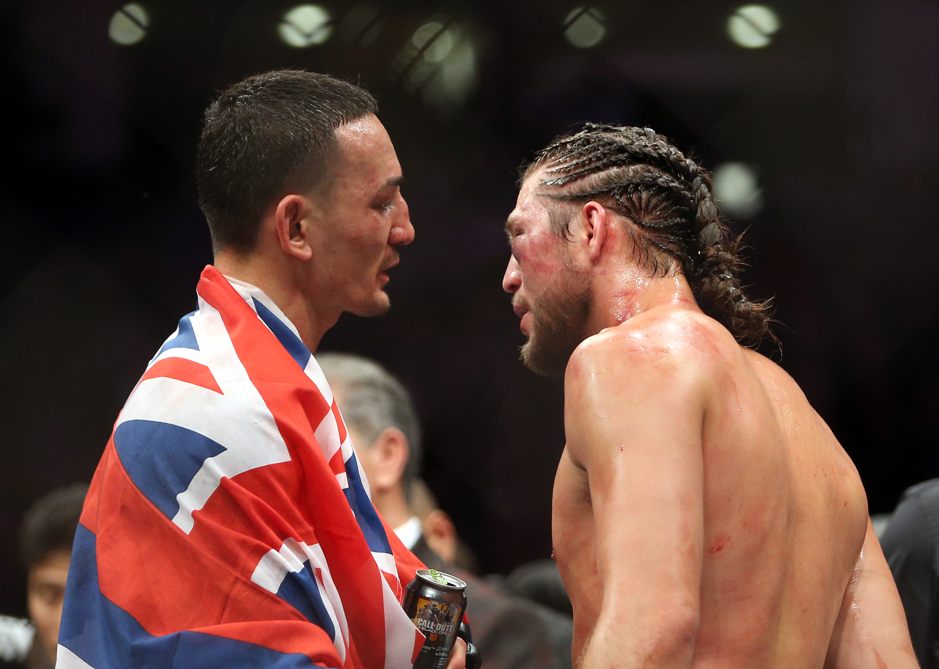 Max Holloway speaks with Brian Ortega after their 2018 featherweight bout