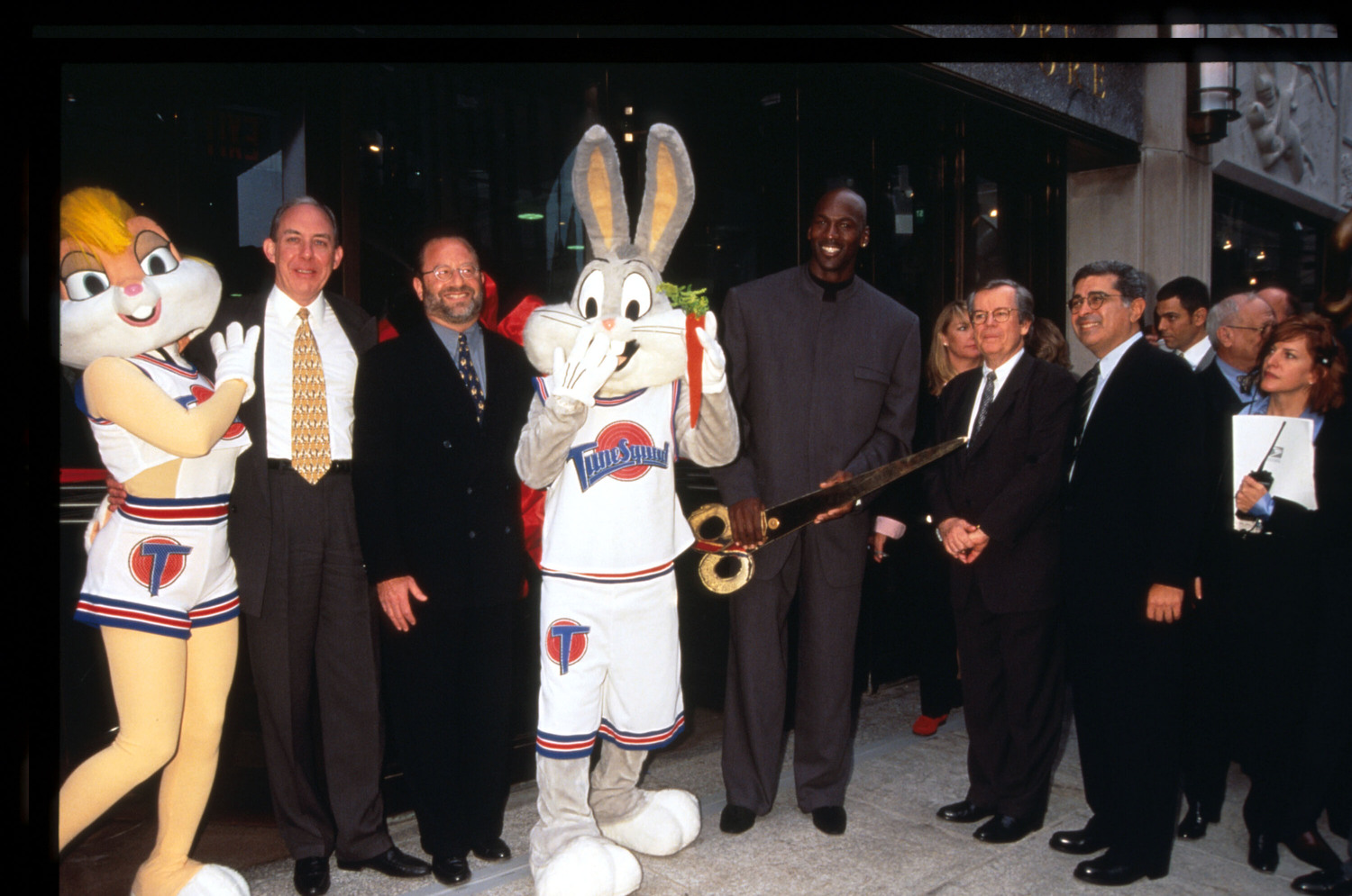 Michael Jordan, Bugs and Lola Bunny, and others in 1996.
