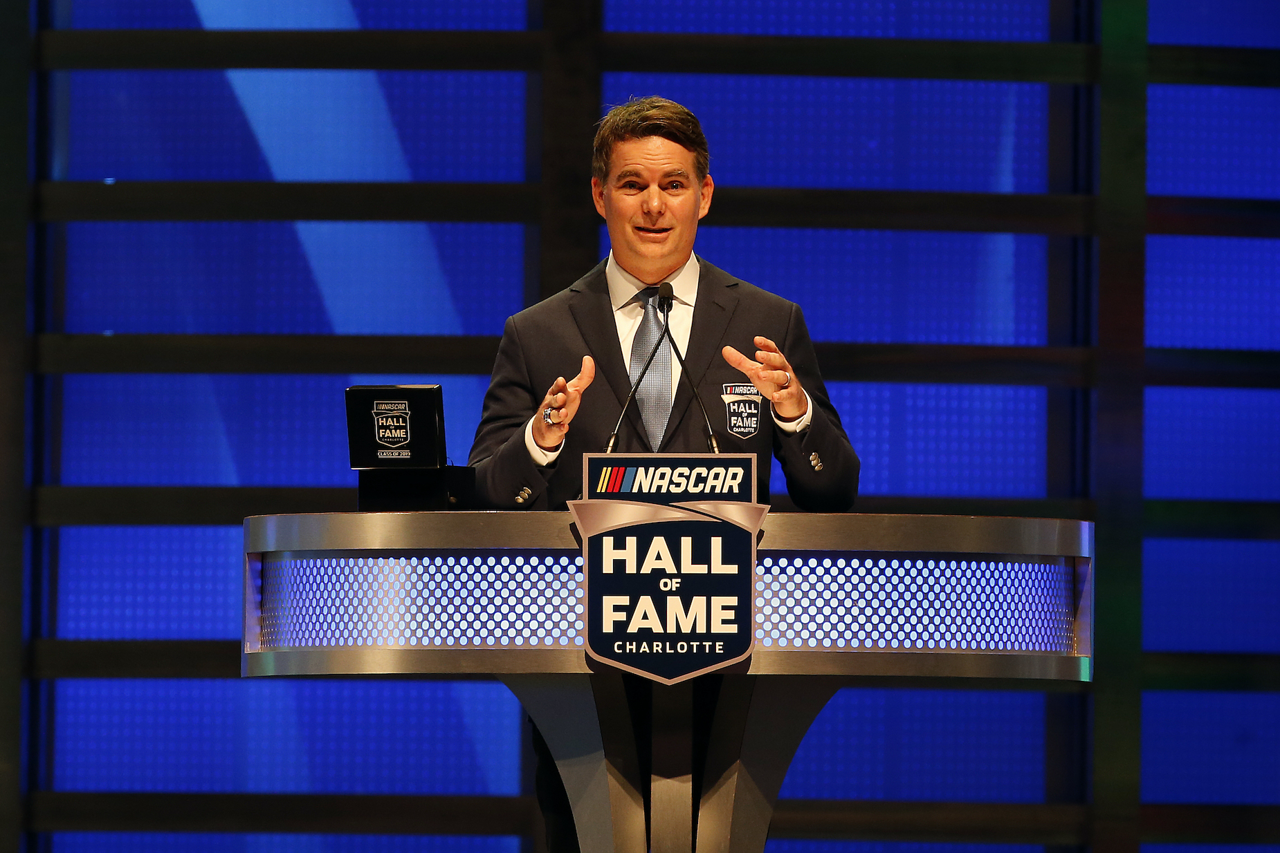 Jeff Gordon gives a speech during his induction into the NASCAR Hall of Fame.