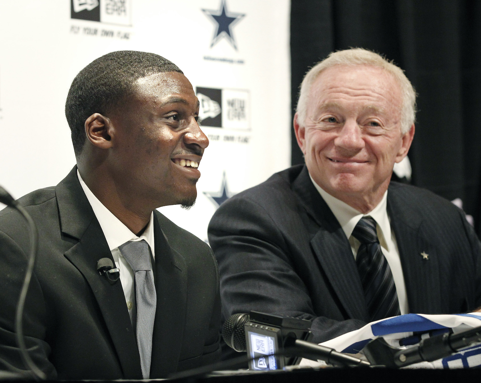 Jerry Jones and Dallas Cowboys draft pick Morris Claiborne during a press conference.