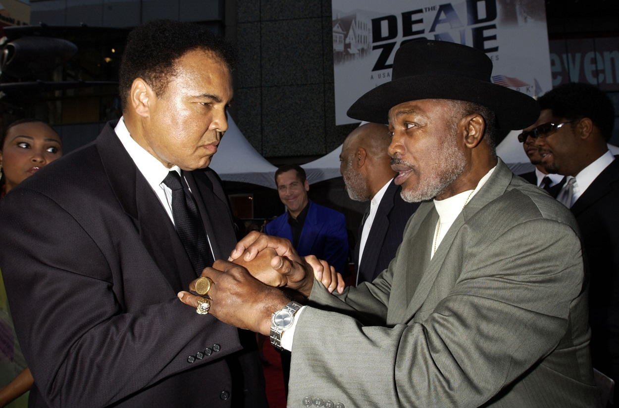 Muhammad Ali Emotionally Apologized for His Regrettable Racist Remark Directed at Joe Frazier