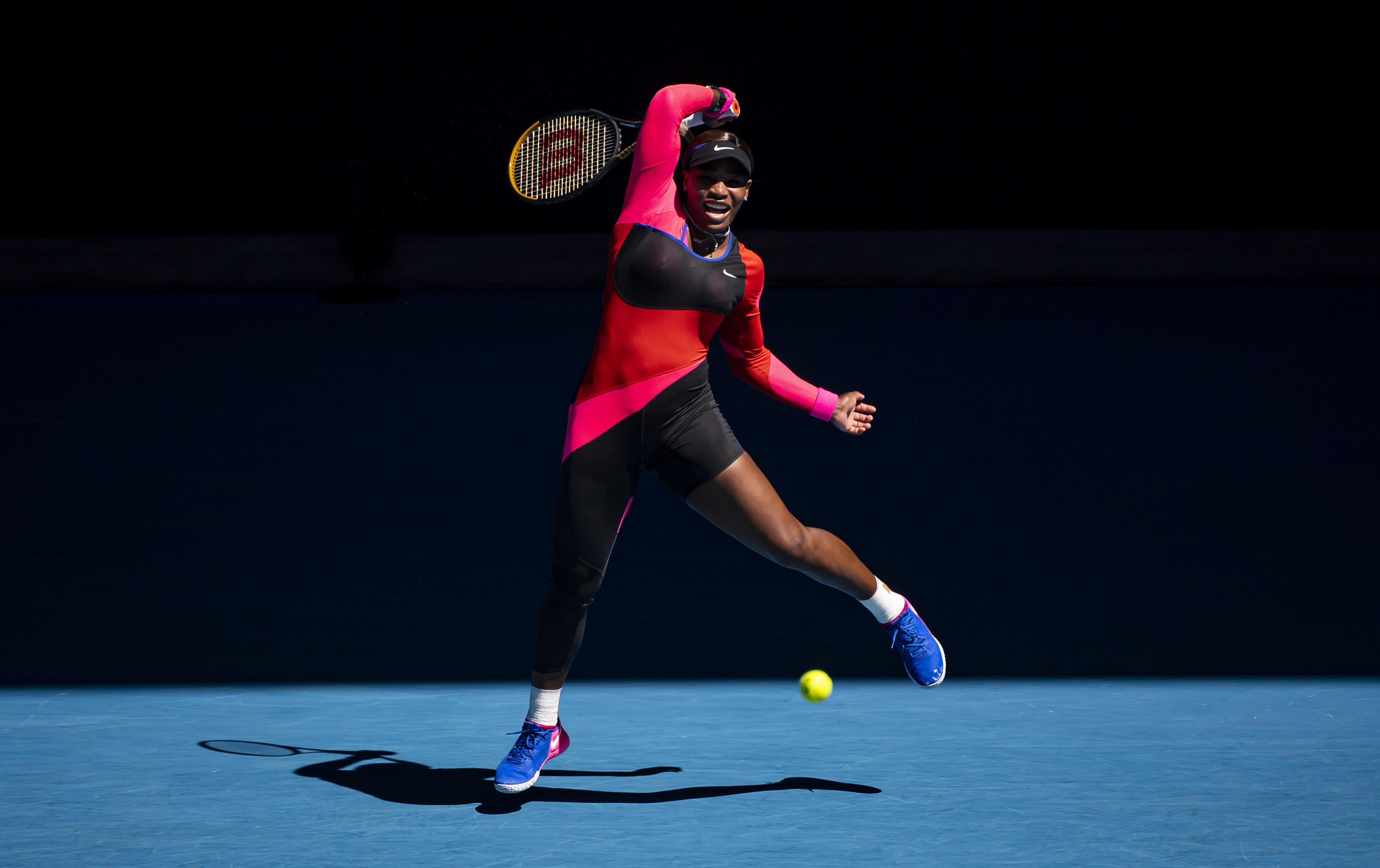 Serena Williams hits a forehand at the 2021 Australian Open