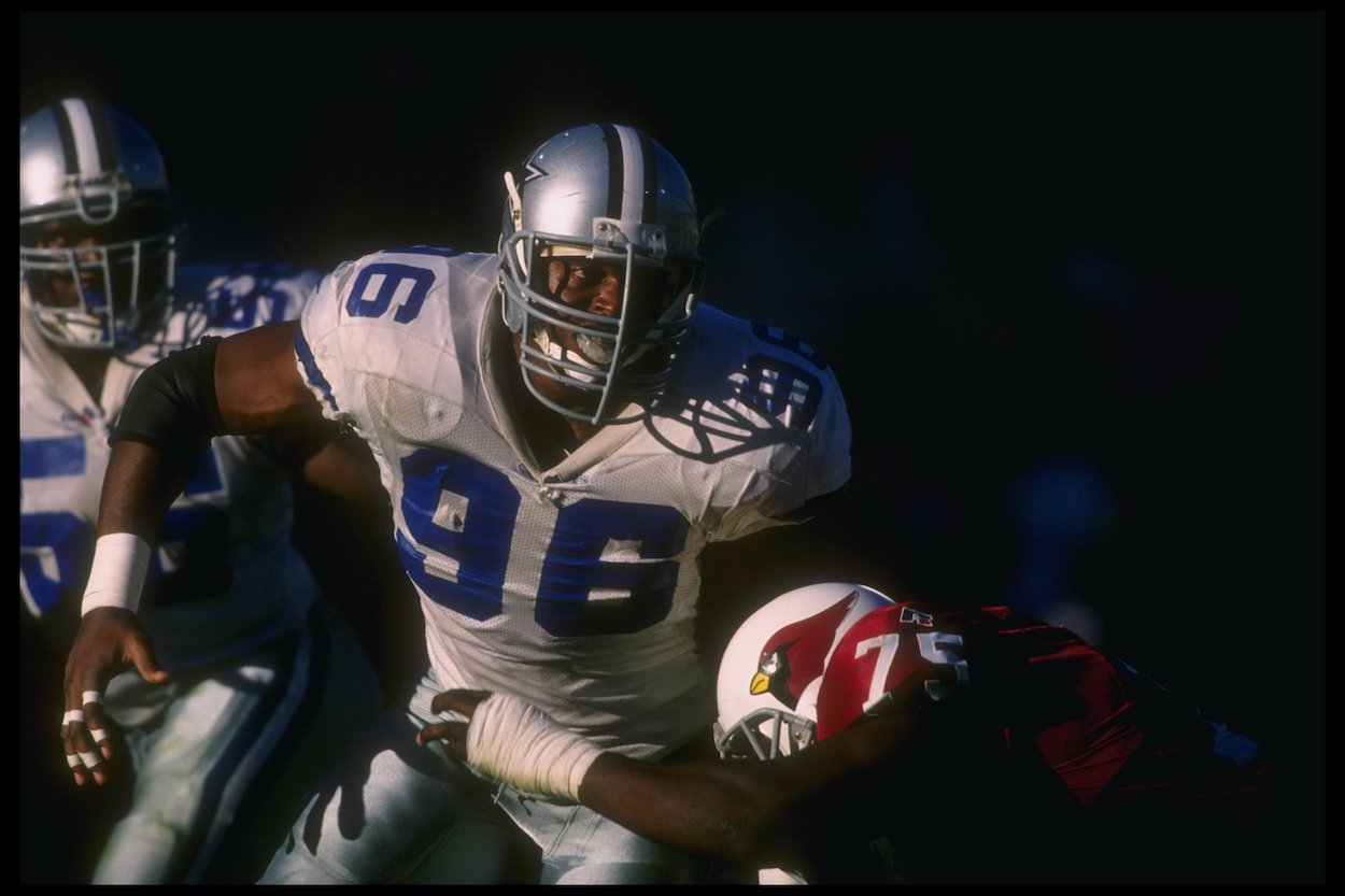 Dallas Cowboys DE Shante Carver Was 1994 First-Round Pick, Played Just Four NFL Seasons, and Encountered Trouble With Law in Retirement