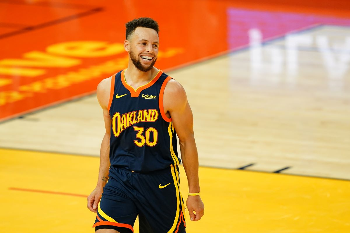 Stephen Curry Helped Provide 16 Million Meals to Children in Oakland