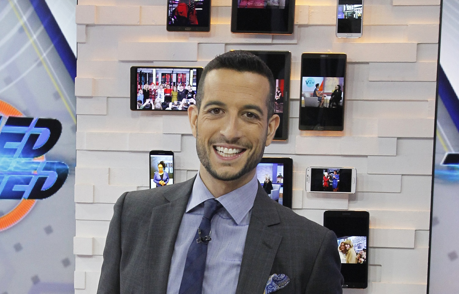 Tony Reali worked with Michael Wilbon and Tony Kornheiser on 'Pardon the Interruption' for more than a decade while also hosting 'Around the Horn' on ESPN. | Lou Rocco/Walt Disney Television via Getty Images.