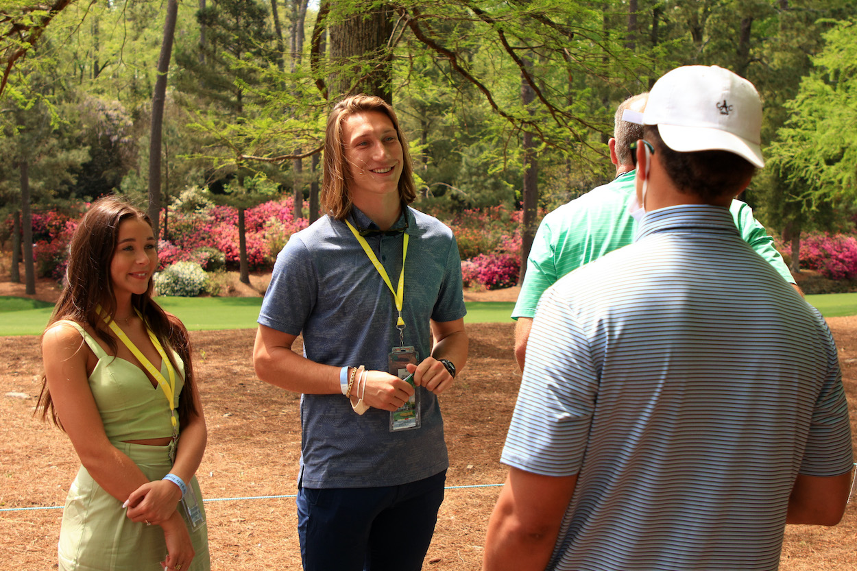 Trevor Lawrence might be a generational NFL draft prospect, but his athleticism clearly doesn't translate to the golf course.