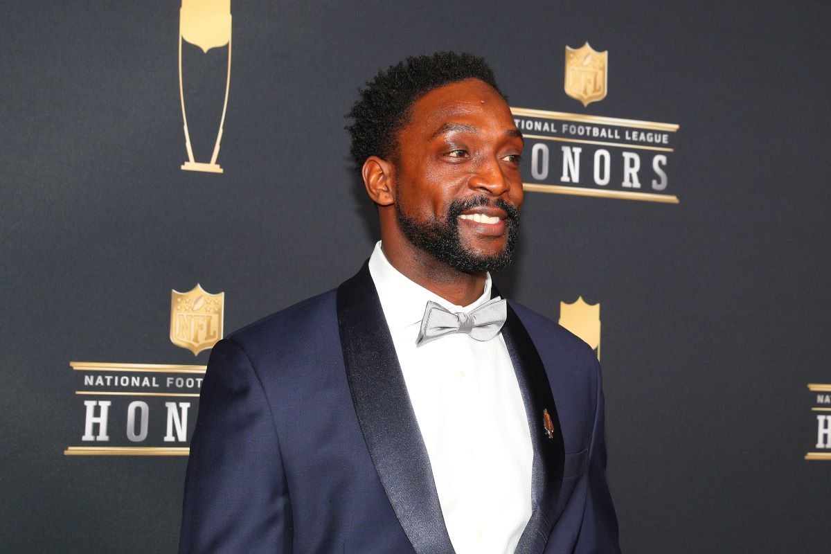 Charles Tillman Saved a Reporter From Getting Brutally Hurt During a Chicago Bears-Minnesota Vikings Game
