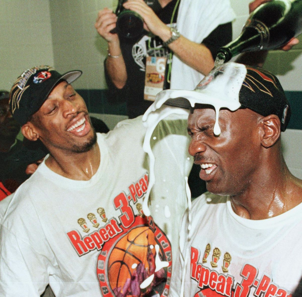 Michael Jordan and Dennis Rodman Never Spoke to Each Other in Public Even if They Were at the Same Restaurant