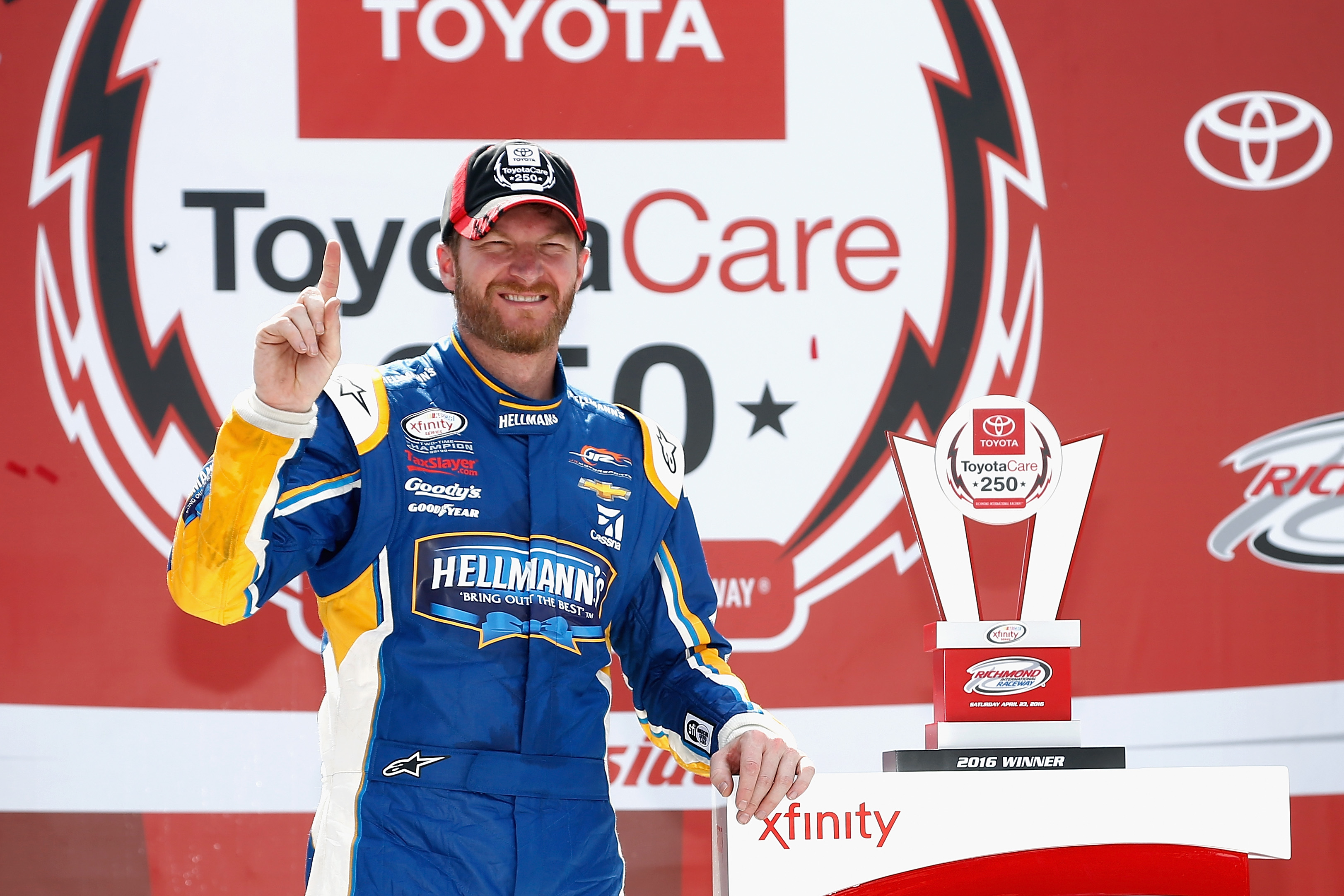 Dale Earnhardt Jr. Embarrasses Brandon Marshall Early in the Are-NASCAR-Drivers-Athletes Debate