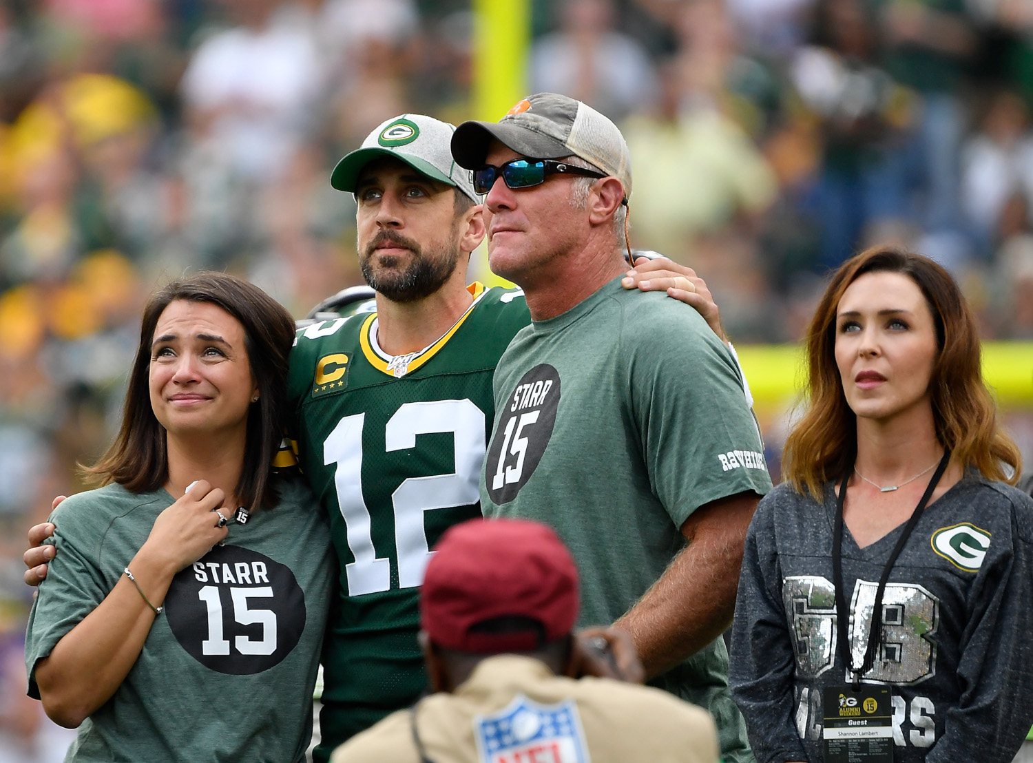 Green Bay Packers quarterbacks Aaron Rodgers and Brett Favre