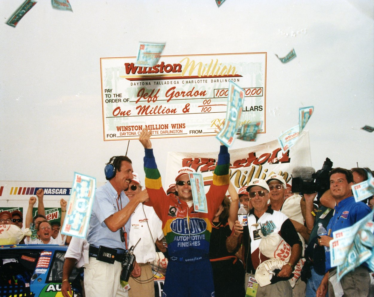 Jeff Gordon earned a historic $1 million payday at Darlington in 1997 thanks to one of the most famous blocks in NASCAR history.