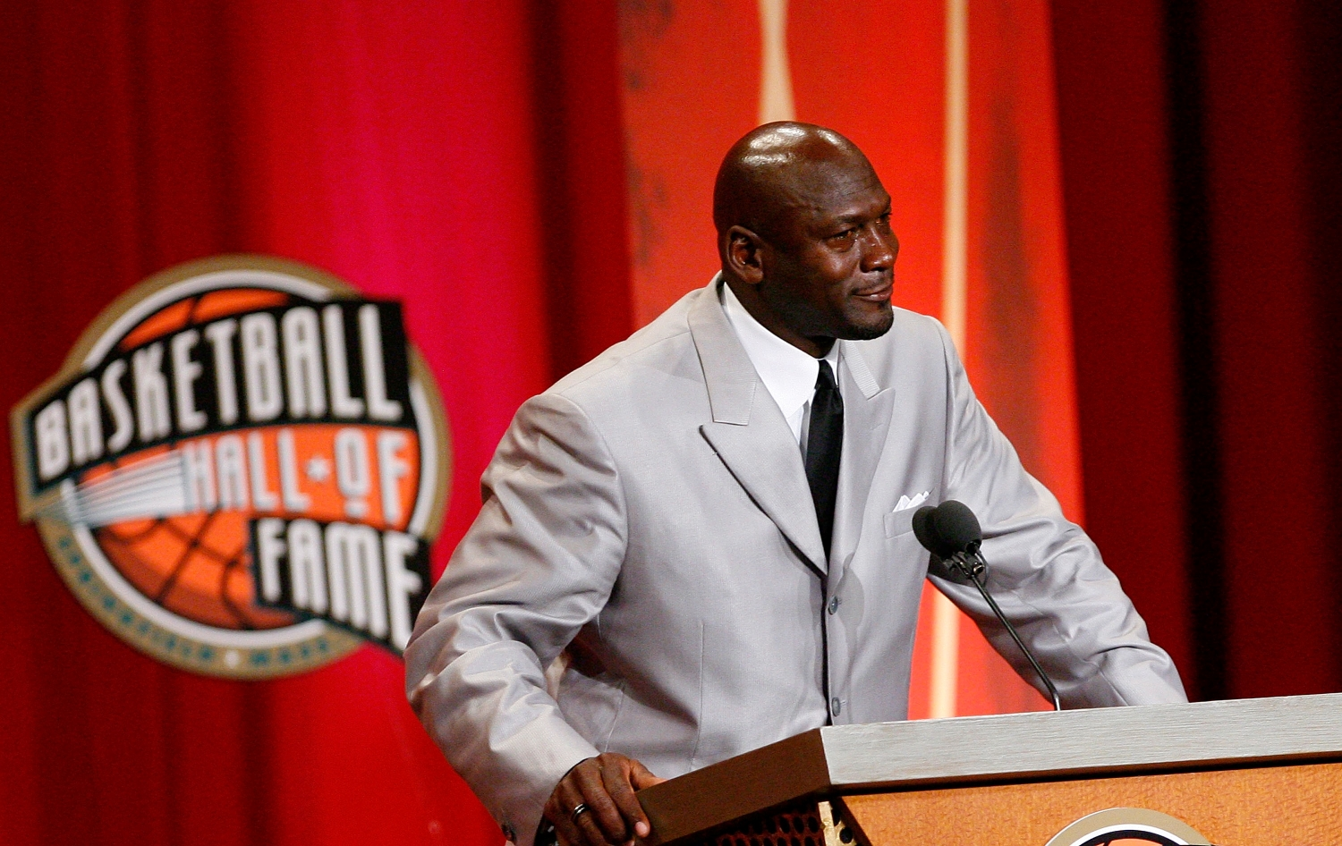 Michael Jordan Fired a Final Shot at the Bulls' Biggest Villain During His Spirited Hall of Fame Speech