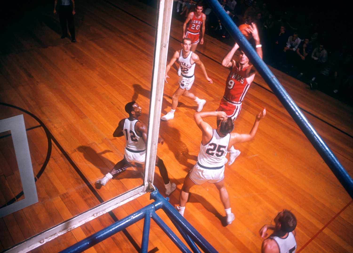 Bob Pettit led the St. Louis Hawks to the franchise's only NBA championship