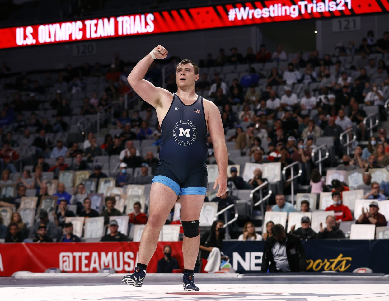 Adam Coon, a decorated college wrestler, is now trying to play guard for the Tennessee Titans.