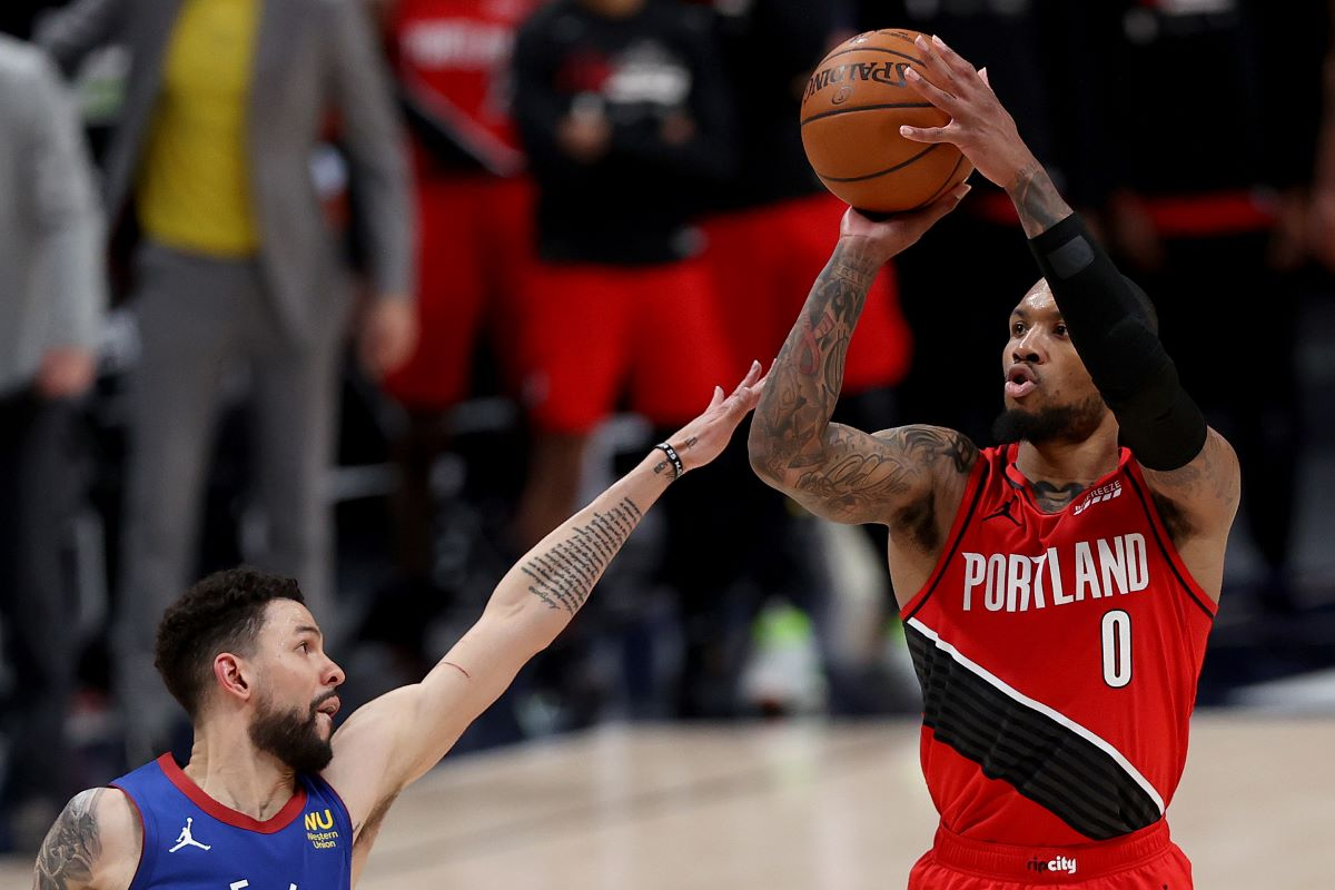 Damian Lillard Is so Ridiculously Good That He Has Opponents Looking to the Sky and Thanking God When He Misses a Shot
