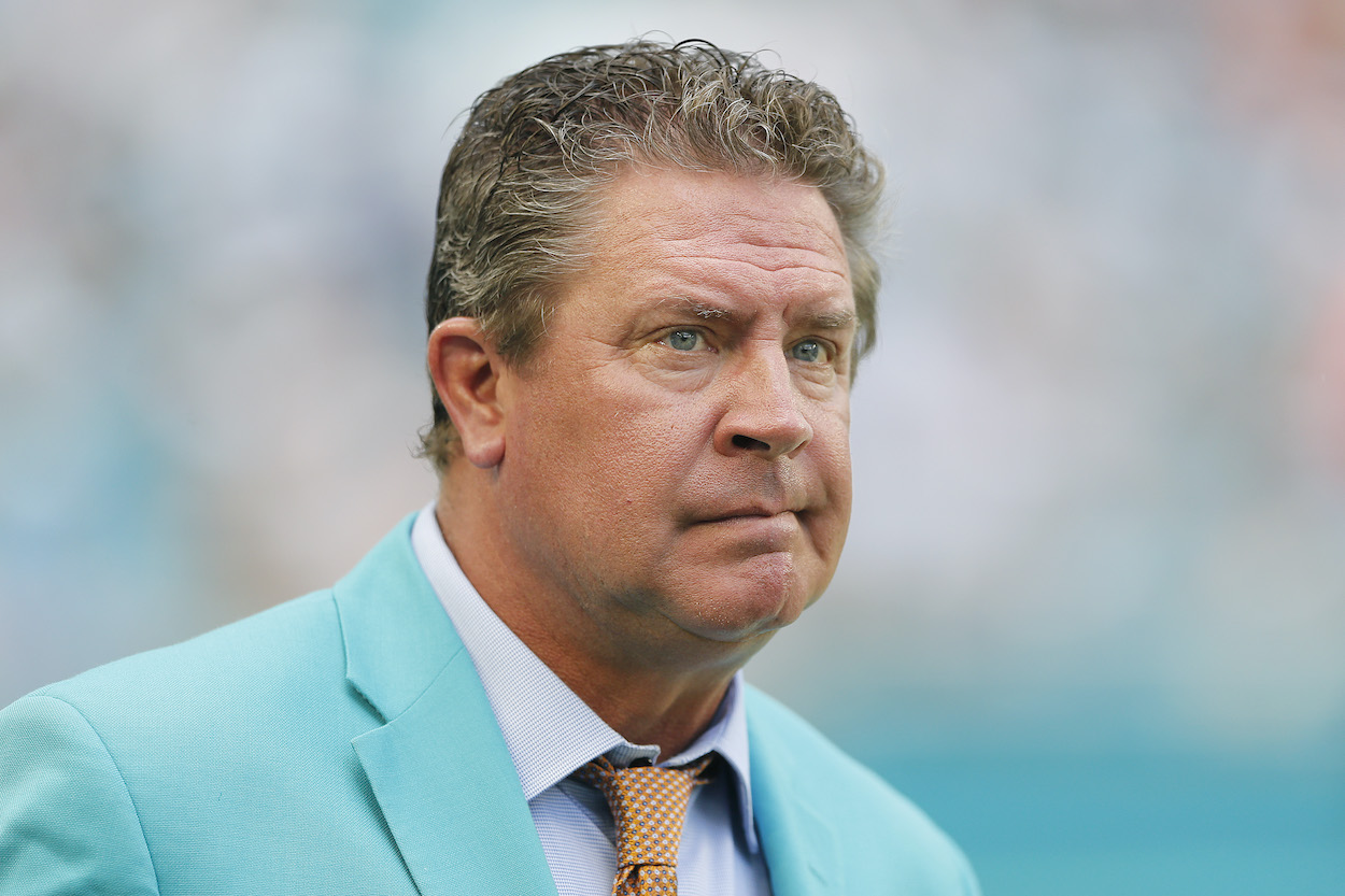 See how Dan Marino wants Don Shula to keep his NFL wins record so badly that he's rooting for Bill Belichick and the Patriots to fail.