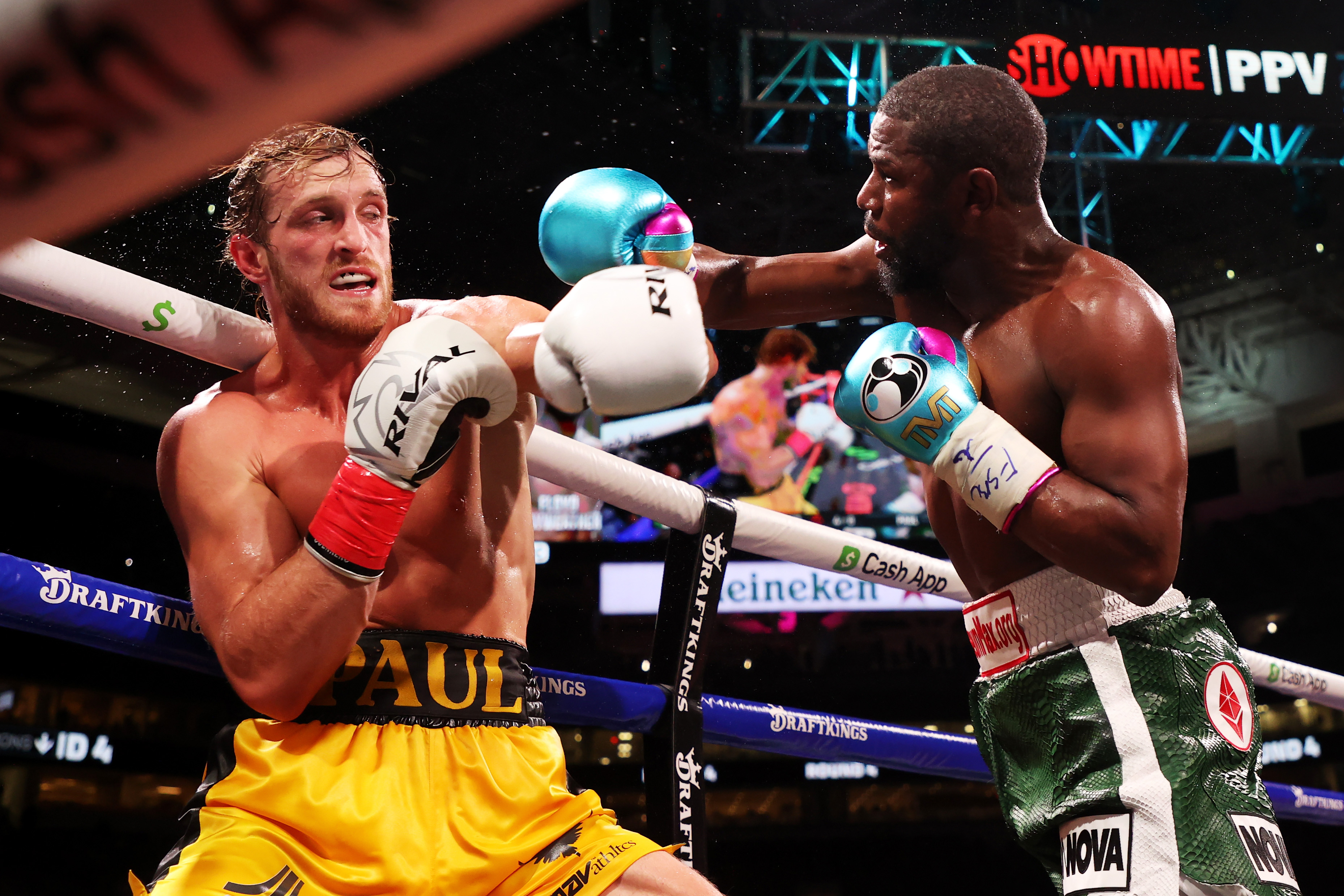 Floyd Mayweather Wasn't Joking About His Fight With Logan Paul Being 'Legalized Bank Robbery'