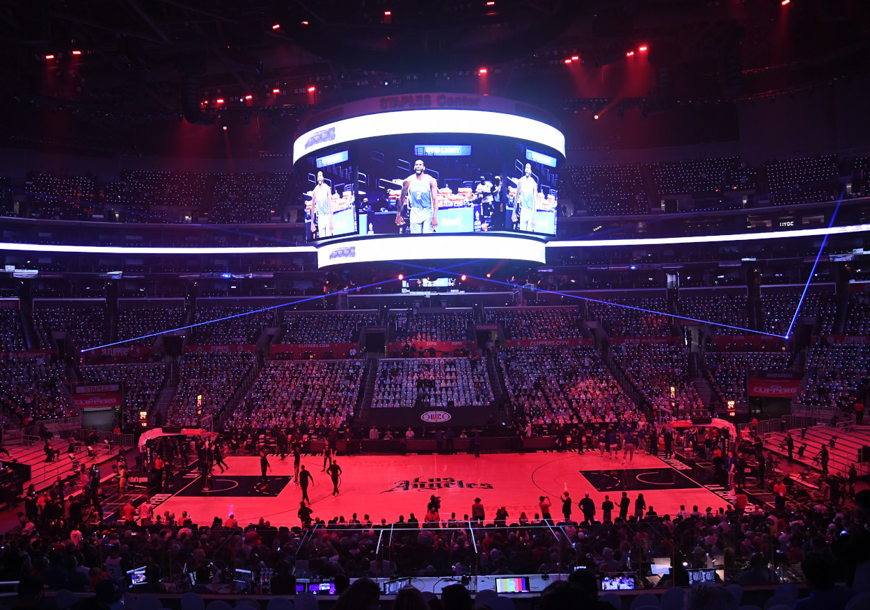 The LA Clippers can't seem to win at home